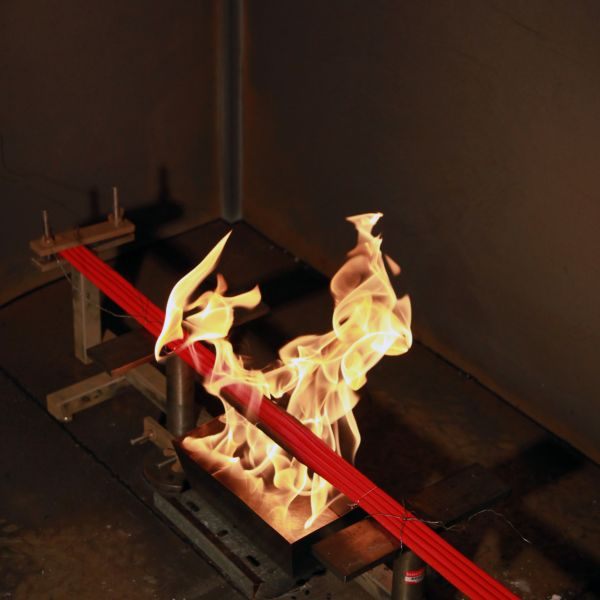 Fire testing in our state of the art fire laboratory | Lab010